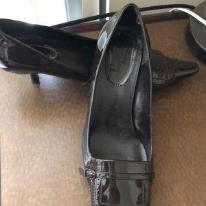 Chocolate pointy toe kitten heels